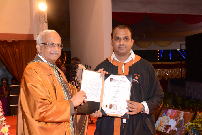 ../Gallery/Convocation_–_2015636957760193779357